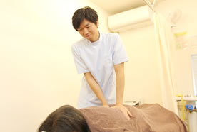 腰痛・ヘルニア施術